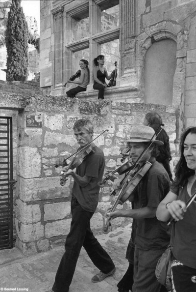 Festival Zinzan, Les Baux de Provence, 2012 © Bernard Lesaing