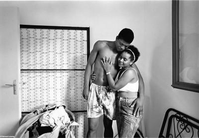 Emménagement d'un jeune couple, Ary et Paulette, Rivière des Galets, 1992 © Bernard Lesaing