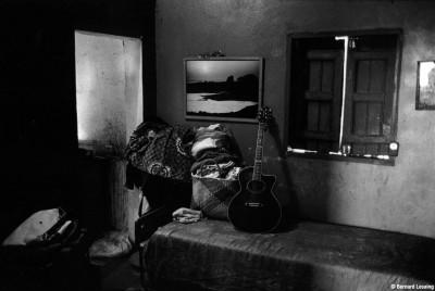 Chez Patrick Persée- la chambre à coucher 90's © Bernard Lesaing