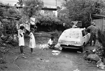 Scènes du quotidien, 1992 © Bernard Lesaing