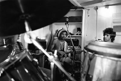 Répétition et portrait du groupe, 1991 © Bernard Lesaing