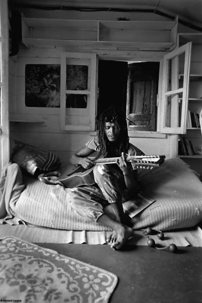 Improvisation chez Joël, 1998 © Bernard Lesaing
